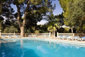 zwembad van Hotel Costa Verde