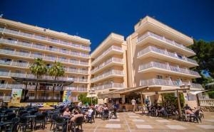vooraanzicht Hotel Palma Bay Club