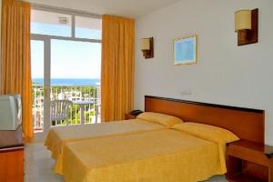 slaapkamers Hotel Reina Isabel