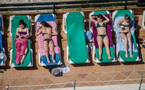 Aan het zwembad Mallorca