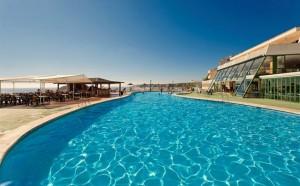 zwembad TRH Torrenova