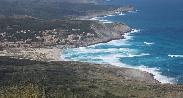 Uitzicht op Cala Agulla