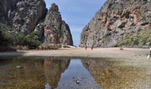 Strand in de buurt van Sa Colabra
